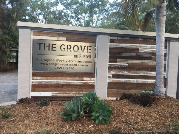 The Grove on Russell - Grafton Accommodation
