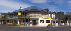 Apsley Arms Hotel - Grafton Accommodation