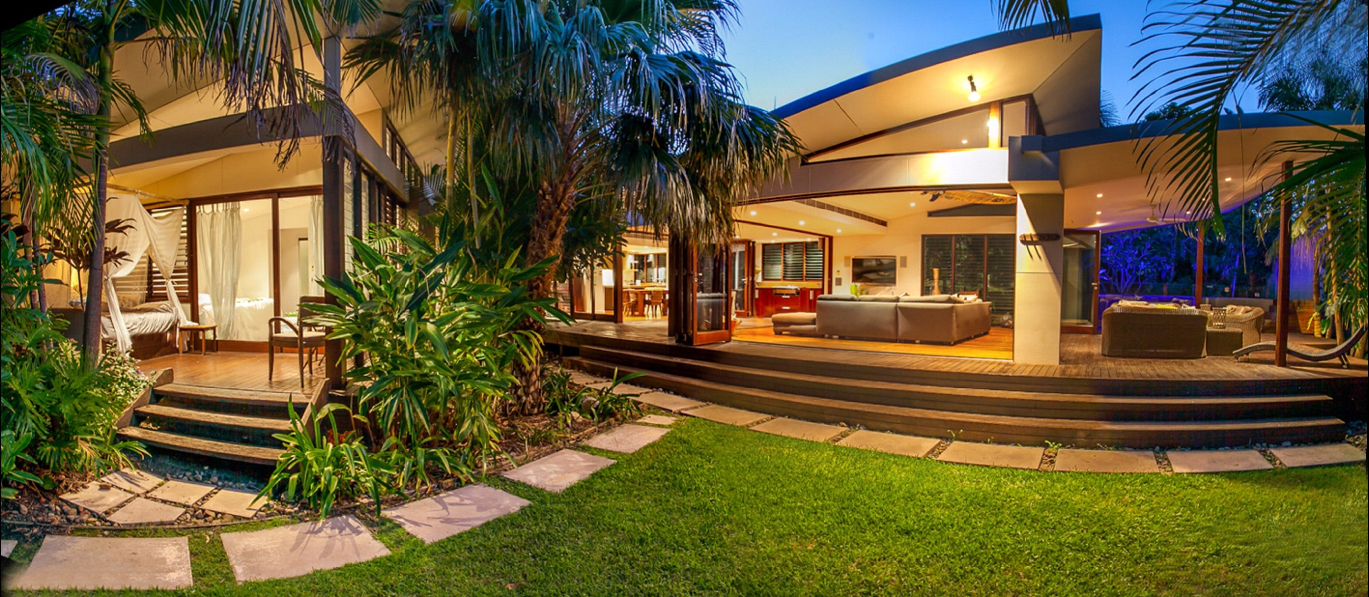 Pavilion Two at Broken Head - exclusive beachfront - Grafton Accommodation