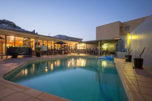 Sydney Beachouse YHA - Collaroy - Grafton Accommodation
