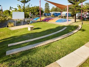 Toowoon Bay Holiday Park - Grafton Accommodation