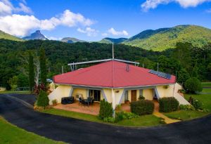A View of Mount Warning Bed and Breakfast - Grafton Accommodation
