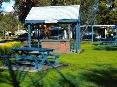 Allawah Caravan and Boat Park - Grafton Accommodation