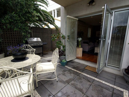 Boutique Stays - Beachside Point - Grafton Accommodation