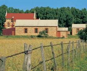 Central Greenough Historic Settlement - Grafton Accommodation