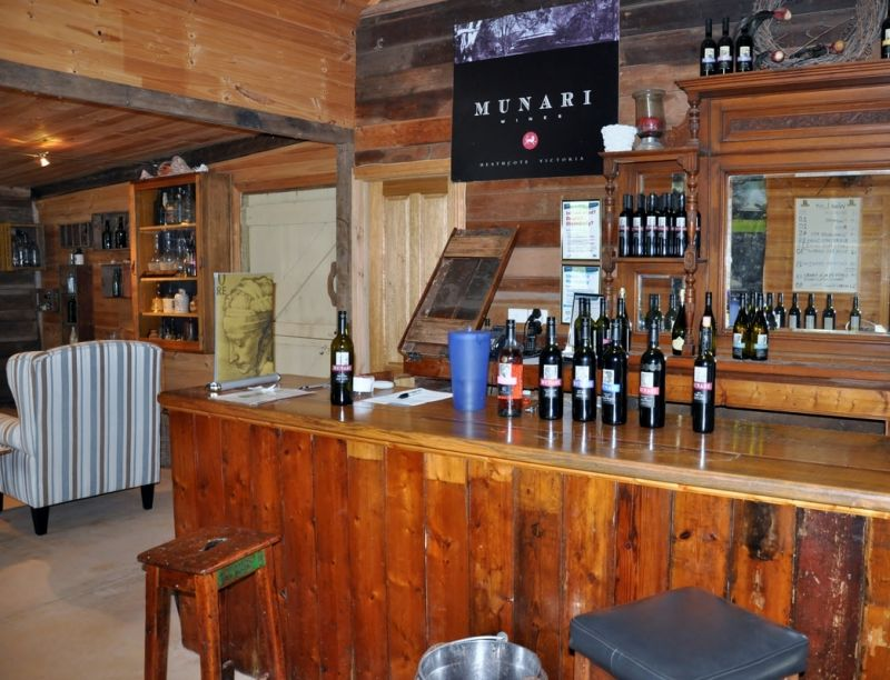 Munari Wines - Grafton Accommodation