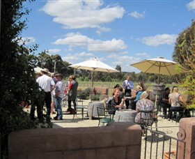 Flynns Wines  Heathcotean Bistro - Grafton Accommodation