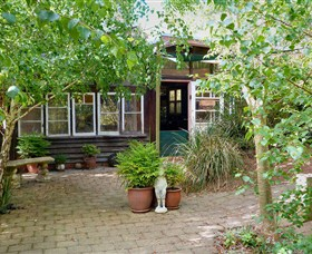 Gumnut Hideaway Gallery - Grafton Accommodation
