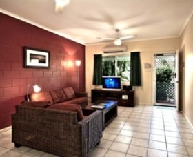 Cable Beachside Villas - Grafton Accommodation