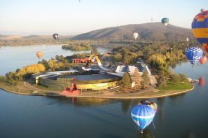 Canberra Hot Air Balloon Flight at Sunrise - Grafton Accommodation