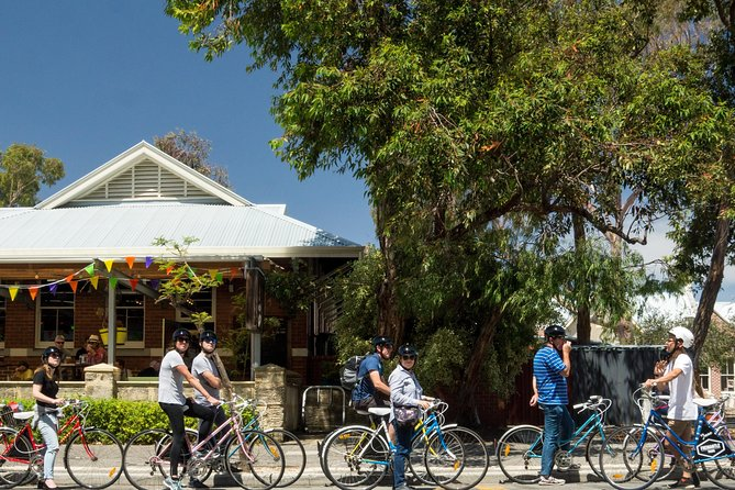 Explore Freo the local way on our 3 hour bike tour - Grafton Accommodation