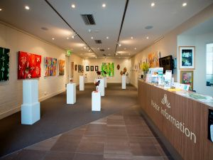 Australian National Botanic Gardens Visitor Centre Gallery - Grafton Accommodation