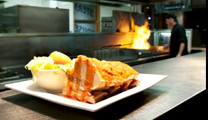 Railway Hotel Steak House - Grafton Accommodation