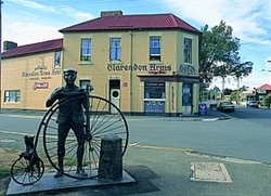 Clarendon Arms Hotel - Grafton Accommodation