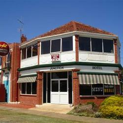 Allansford Hotel - Grafton Accommodation