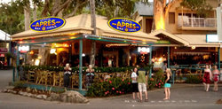 Apres Beach Bar  Grill - Palm Cove - Grafton Accommodation