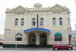 The London Hotel - Grafton Accommodation