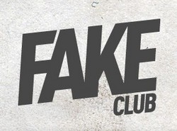 Fake Club - Grafton Accommodation