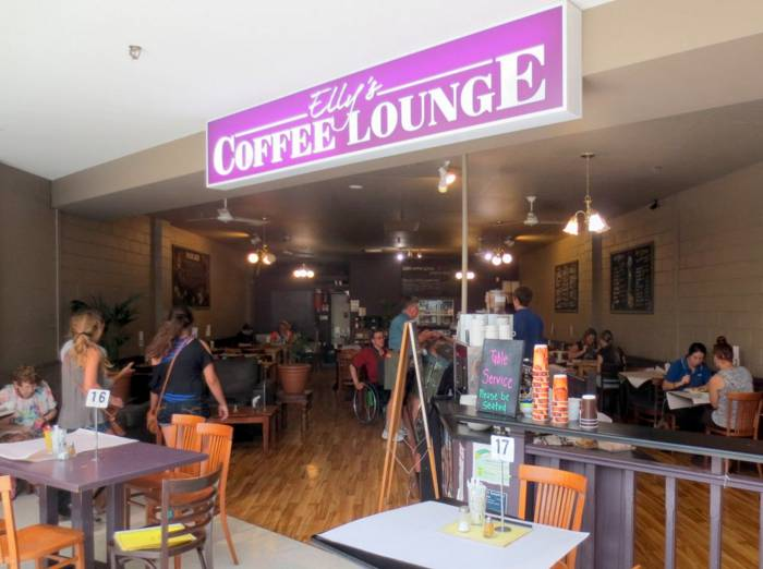 Ellys Coffee Lounge - Grafton Accommodation
