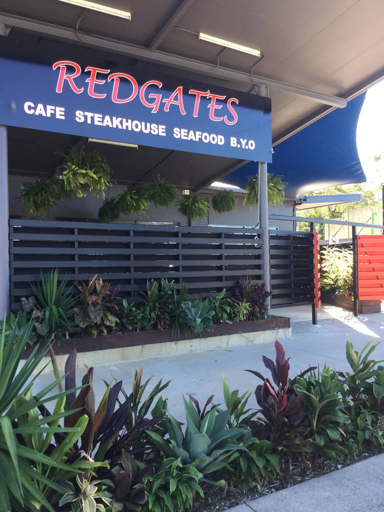 Redgates Caf Steakhouse Seafood - Grafton Accommodation