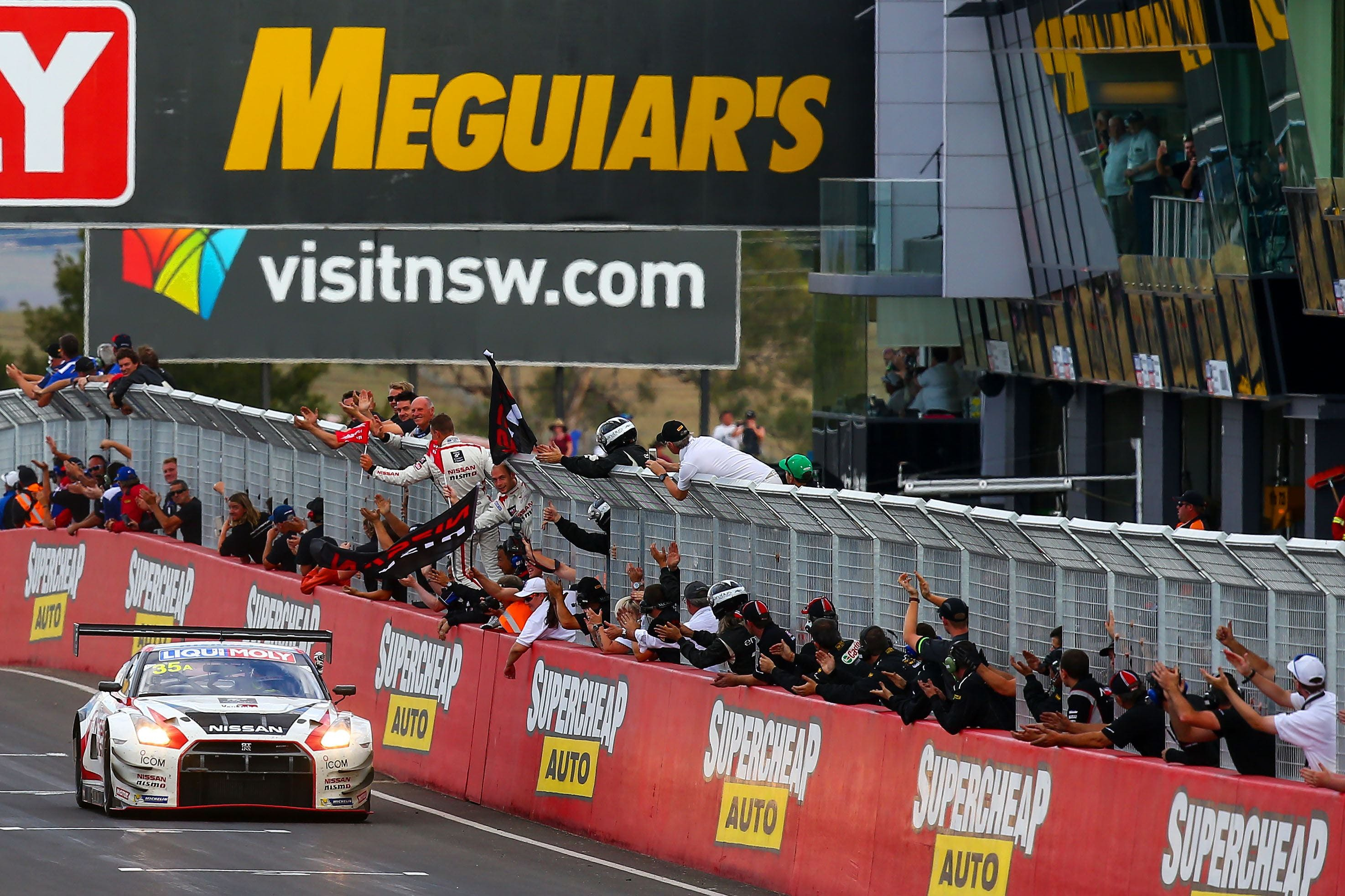 Liqui-Moly Bathurst 12 Hour - Grafton Accommodation