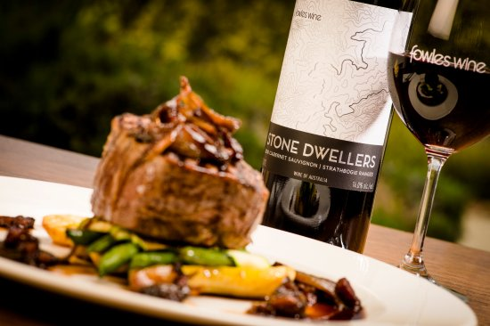 Fowles Wine Cellar Door and Cafe - Grafton Accommodation