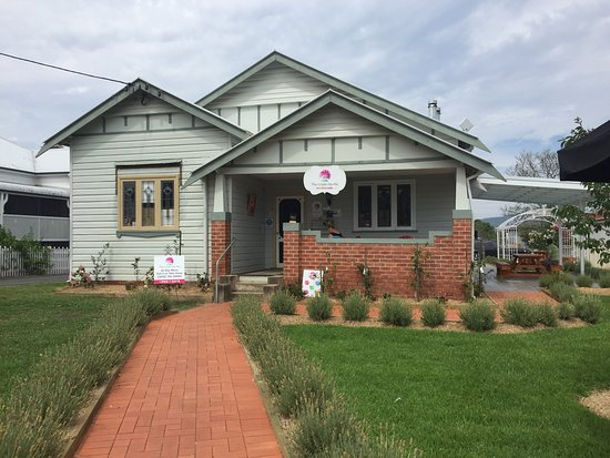 The Crepe Myrtle Tea and Coffee Rooms - Grafton Accommodation