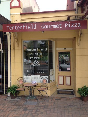 Tenterfield Gourmet Pizza - Grafton Accommodation