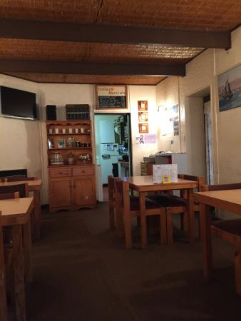 Ozzie's Coffee Lounge - Grafton Accommodation
