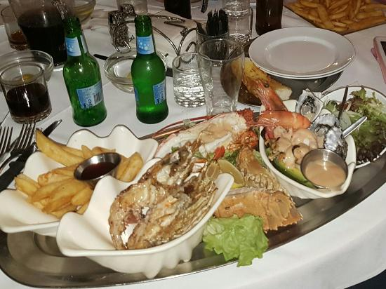 Ashmore Seafood and Steakhouse - Grafton Accommodation