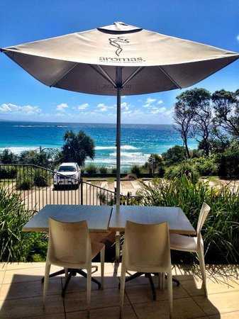 Manta Ray Bistro at Stradbroke Island Beach Hotel - Grafton Accommodation