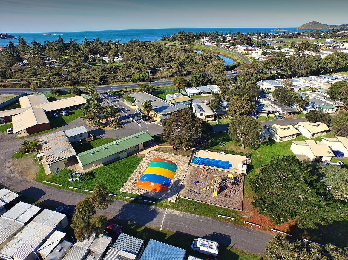 Victor Harbor Holiday  Cabin Park - Grafton Accommodation