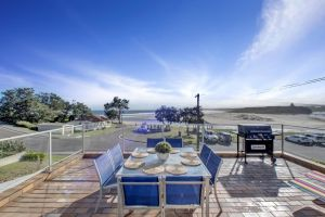 The Rotunda  Gerroa - Pet Friendly Beachfront - Grafton Accommodation