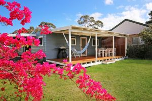Hayes Beach House - Jervis Bay - Pet Friendly - Grafton Accommodation