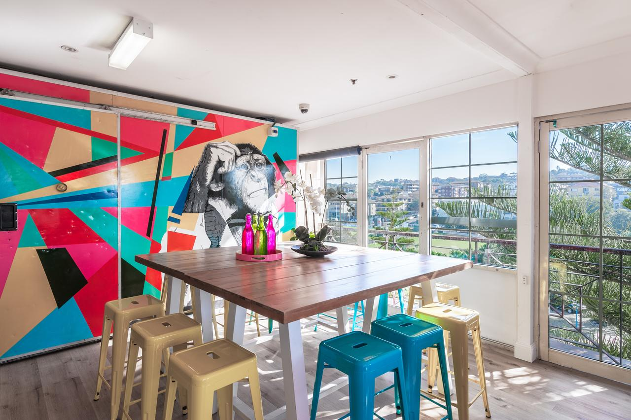 Mad Monkey Coogee Beach - Grafton Accommodation