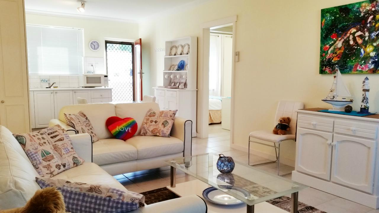 Island View Villas - Grafton Accommodation