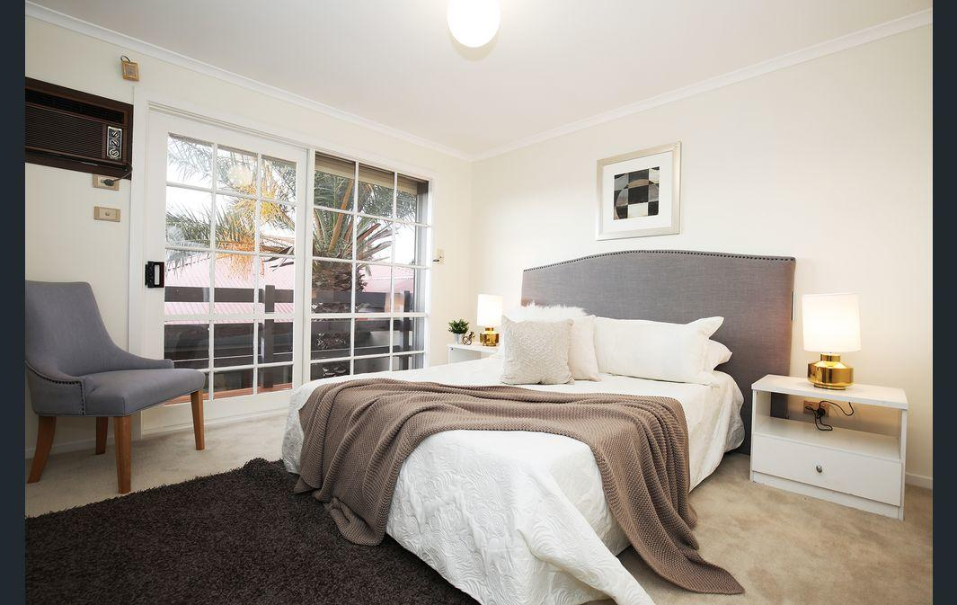 The Gallery Hours - Grafton Accommodation
