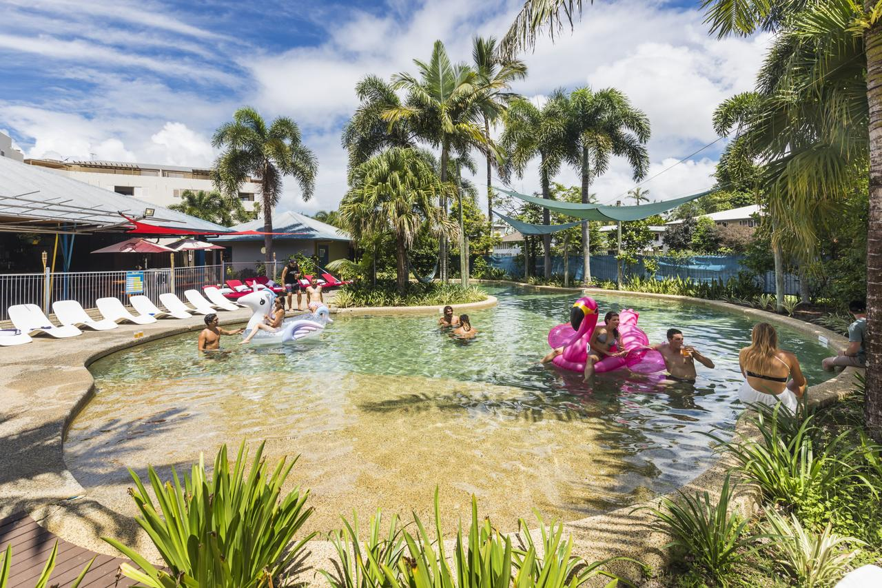 Summer House Backpackers Cairns - Grafton Accommodation
