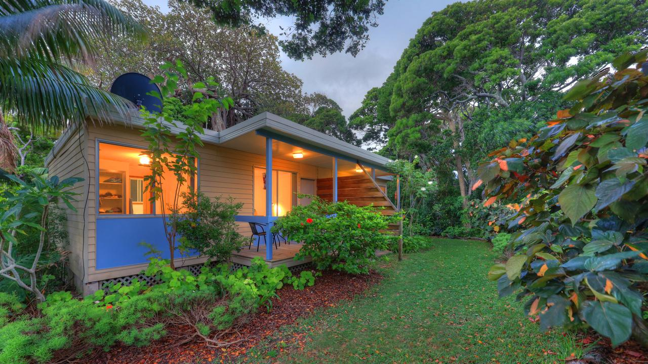 The Broken Banyan - Grafton Accommodation